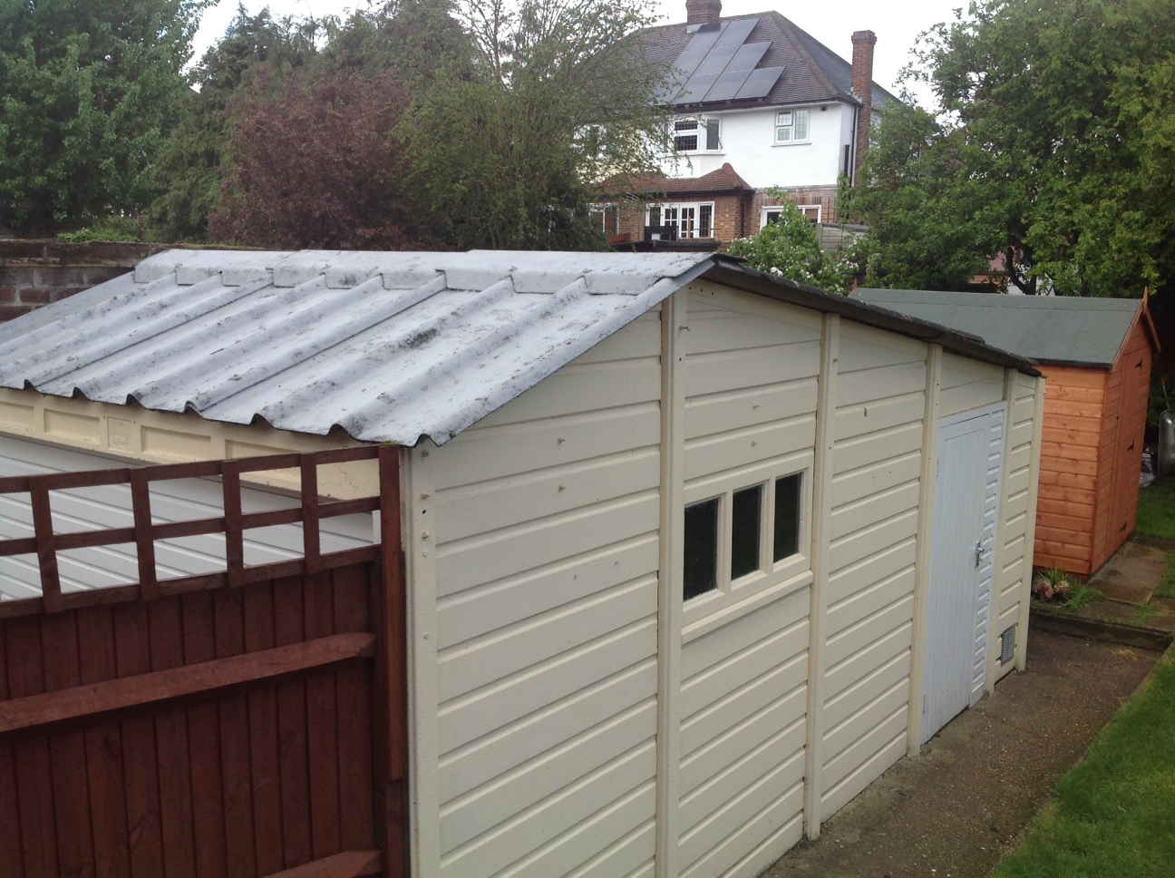11 35 Year Old Garage With Canada Tile Profile Sutton